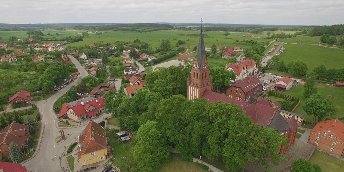 Panorama z lotu ptaka miejscowości Gietrzwałd.