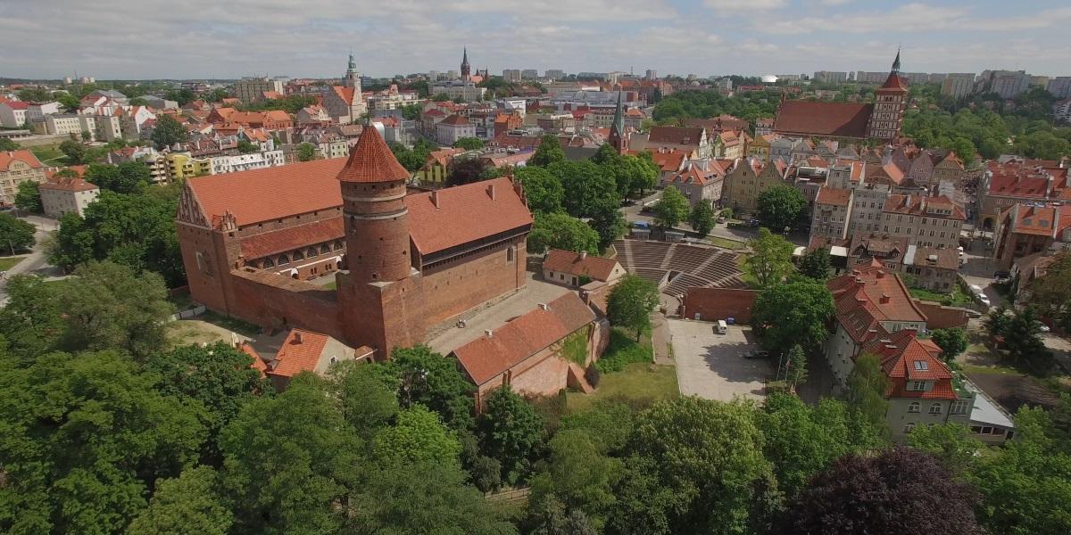 Panorama miasta Olsztyn z lotu ptaka.