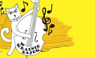 """Plakat graficzny zapraszający na koncert """"W krainie bajek"""" organizowany przez Filharmonię Warmińsko-Mazurską w Olsztynie. Na plakacie z żółtym tłem graficzne nuty oraz sylwetka kota grającego na kontrabasie."""