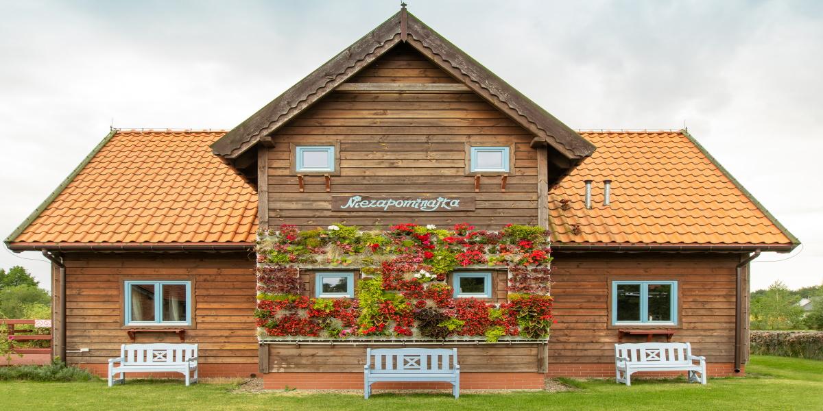 Garncarska Wioska w miejscowości kamionek koło Nidzicy. Na zdjęciu drewniana chata.