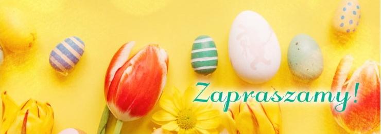 Plakat - zdjęcie graficzne zapraszające do Giżycka na imprezę Jarmark Wielkanocny Giżycko - 2021. Na zdjęciu widzimy pisanki oraz kwiaty tulipany. Zdjęcie posiada żółte tło.