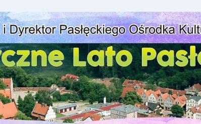Plakat graficzny zapraszający do Pasłęka na Artystyczne Lato Pasłęk 2021. Na zdjęciu panorama miasta.