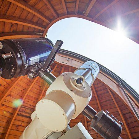 Teleskop w Olsztyńskim Obserwatorium Astronomicznym.